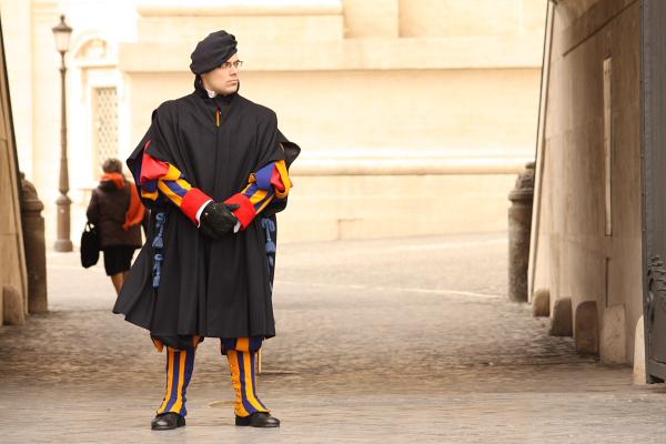 21サンピエトロ広場の警備員