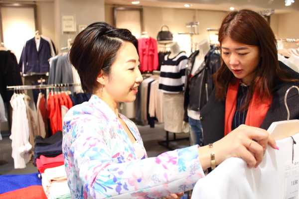日本人も、フランス人のように10着しか服を持たずに暮らせるのか問題
