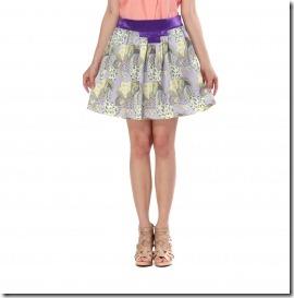夏のスカートと足元のコーデ方法